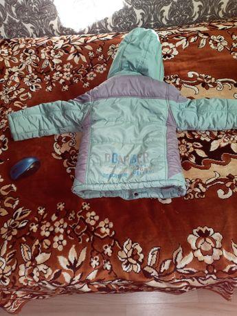 Продам зимові куртки для хлопчиків