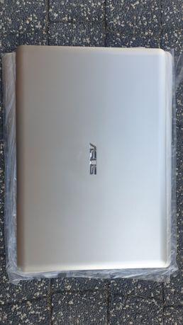 Obudowa laptopa ASUS X580 tył 3x.