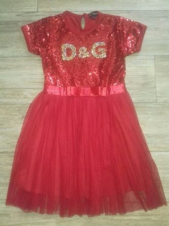 Шикарное платье Dolсe & Gabbana