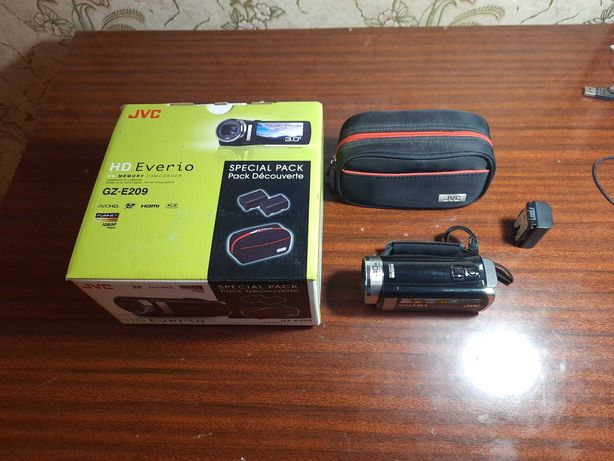 Видеокамера JVC HD Everio
