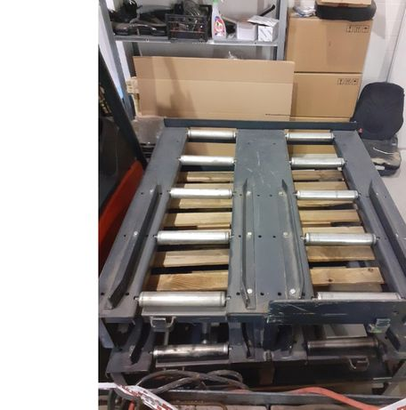 Stół rolkowy do wymiany baterii linde still toyota jungheinrich