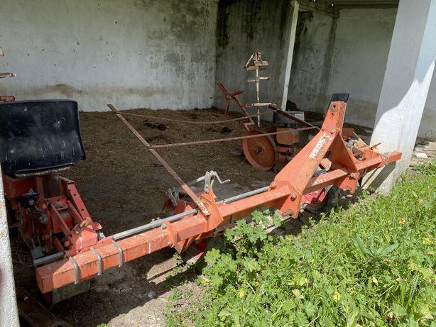 Conjunto pulverizador Rau + plantador checchi & magli