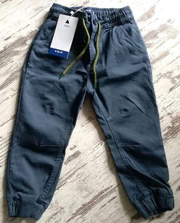Nowe z metką spodnie 5-10-15 jeansy rozm 98 fajny model na jesień