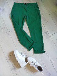 boyfriendy zielone - Zara