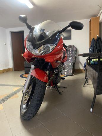 Suzuki bandit gsf 600S kategoria A2