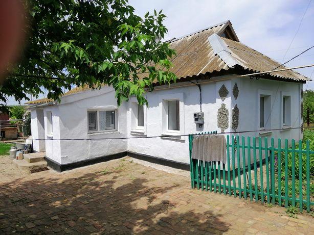 Продаю частный дом в с. Карловка (Ник. Обл.) 15 км от города.