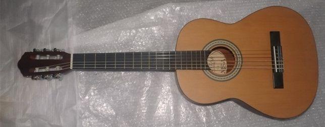 Guitarra clássica castanha mate e set