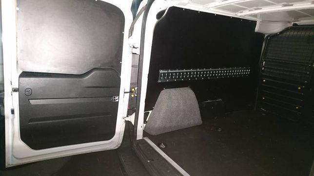Fiat Doblo L2H1 ochrona przedziału ładunkowego
