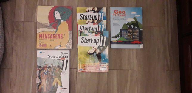 Livros de Português 11°/Inglês 11°/ GeoPortugal 11° praticamente NOVOS