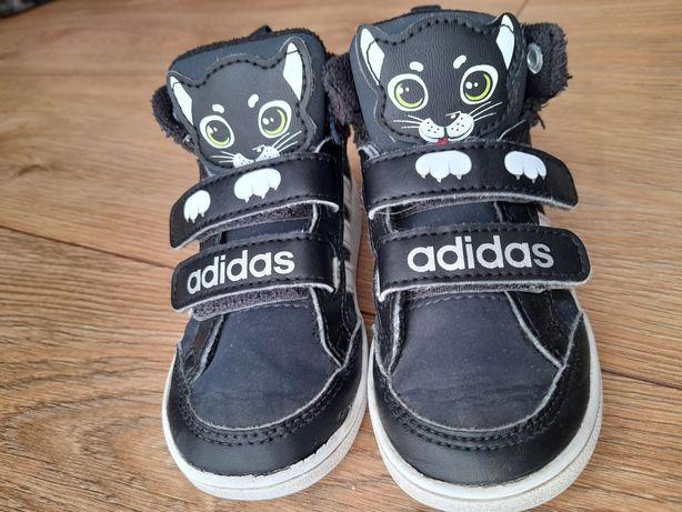 Adidas Neo przejściowe kotki 22