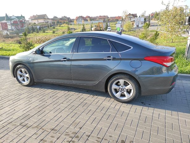 Власне авто Hyundai i40 Sonata 2012р Дизель 1,7 Європеєць