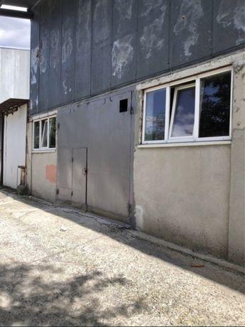 Склад 130 кв.м., сдам складские помещения