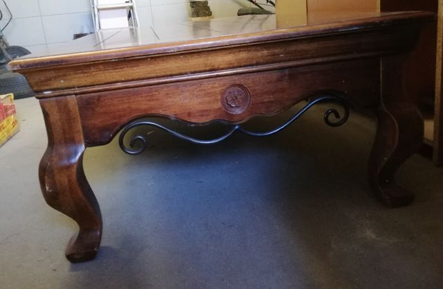 Stół drewniany kawowy stylowy