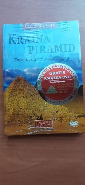 Kraina piramid- książka z DVD.
