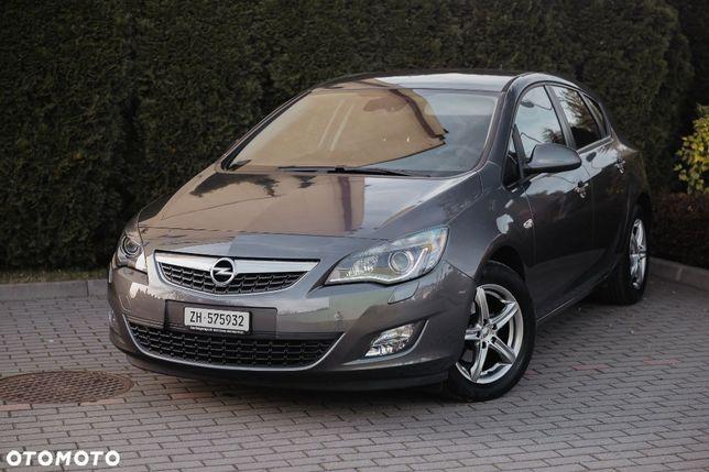 Opel Astra Opel Astra J 1.6 Automat Cosmo Bixenon Navi Sport Czujniki Szwajcaria