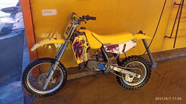 Suzuki rm80 кроссовый мотоцикл