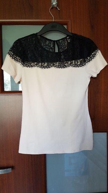 Różowa bluzka z czarną koronką H&M