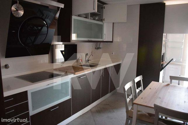 Apartamento T1 nas Colinas do Cruzeiro- Venha visitar este imóvel !!
