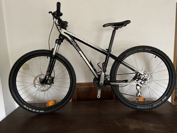 Bicicleta BTT Thomus