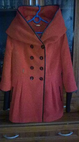 płaszcz damski Jean Boison rozmiar 38 z dużym ładnym kapturem