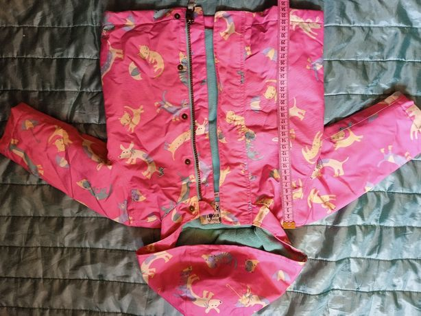 Куртка на девочку 150грн