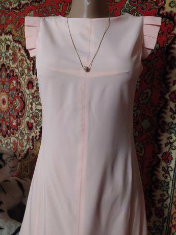 Платье персикового цвета 42 р-р