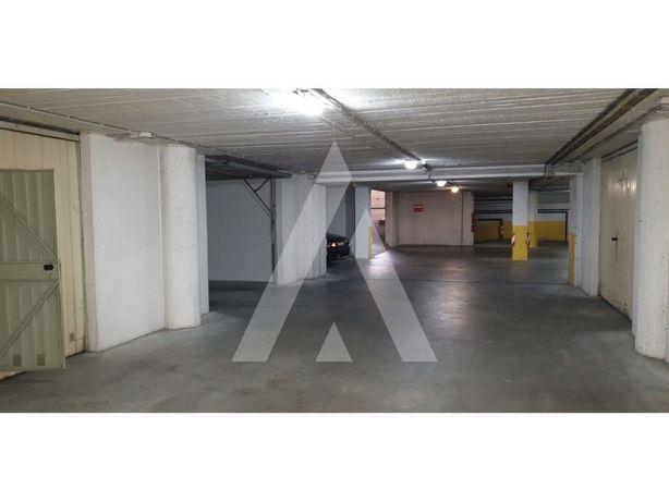 Garagem centro de Leiria