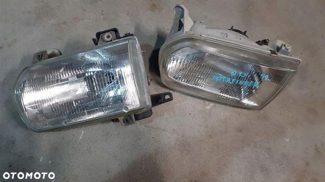 Nissan Pathfinder R50 3.3B Lampa Przód