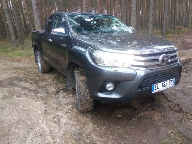 Toyota Hilux 1.5 kabiny