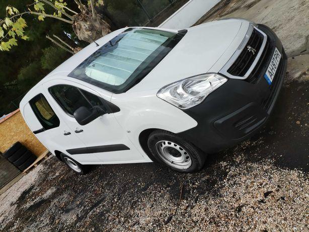 Peugeot Partner 1.6 BlueHDI (Equipada)