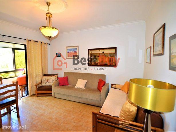 Bonito T1 , zona residencial a 200 metros da praia de Qua...