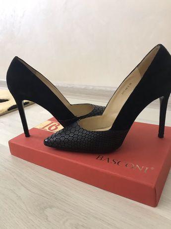 Продам недорого туфли Basconi
