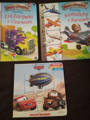 Zestaw książeczek dla małego dziecka auta