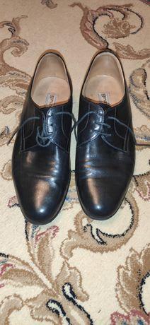 Туфлі фірми gravati