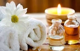 Massagem de relaxamento / terapêutica /o melhor para a dor