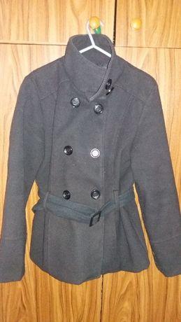 Czarny krótki płaszczyk/kurtka rozm 40 okazja!