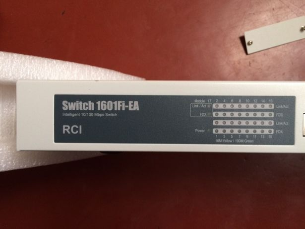 Коммутатор Switch 1601 Fi-EA НОВЫЙ