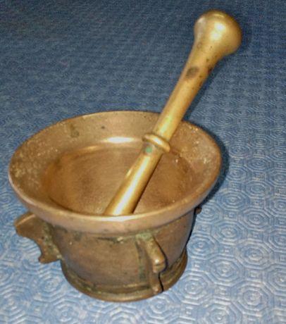 Almofariz antigo em bronze