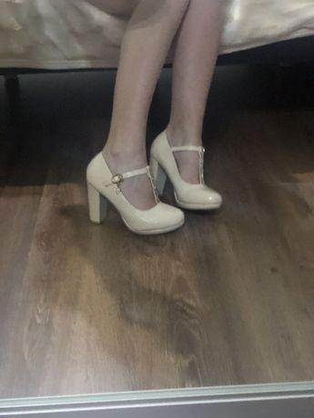 Туфлі 36 р.