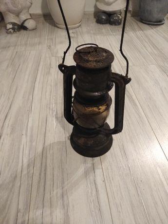 Lampy stare naftowa i elektryczna