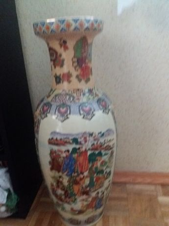 Chińska waza zdobiona