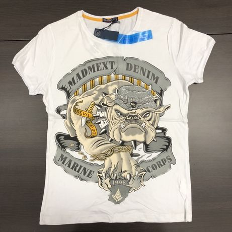 T-shirt r. S nowy
