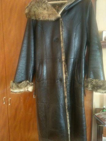Пальто кожаное зимнее