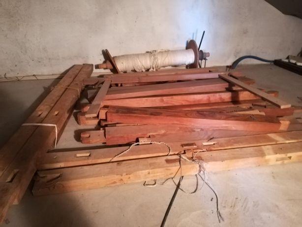 Tear manual, franjeiro e roda de canelas