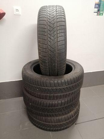 Opony zimowe Pirelli Sottozero 3 225/55/17,2017 rok
