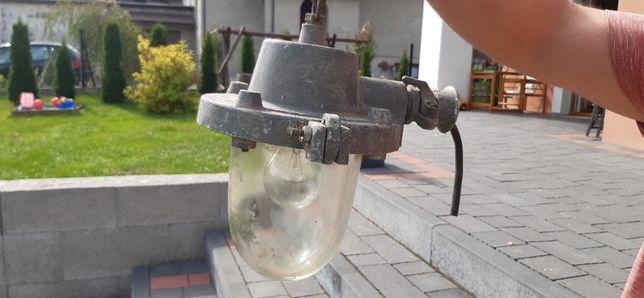 Lampa z czasów PRL