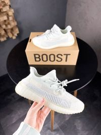 Кроссовки Adidas Yeezy Boost 350 V2 Cloud White Reflective