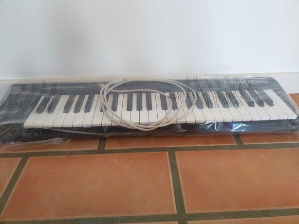 Teclado Midi - M-Audio Keystation 49 mk1