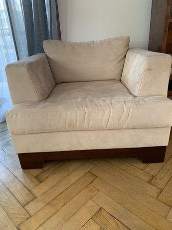 Fotel zamszowy