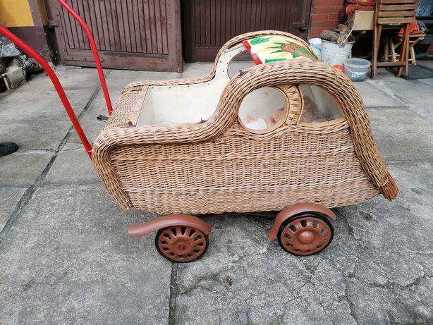 Wózek dziecięcy zabytek antyk